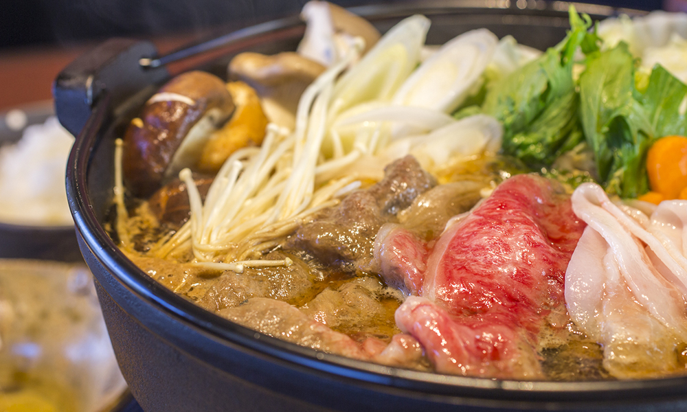 Sukiyaki course: the broth is also highly evaluated